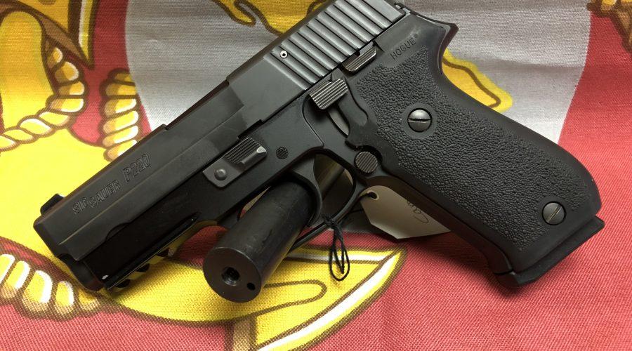 Sig Sauer P220 Carry .45 ACP